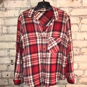 Zara Basics USL plaid long sleeve shirt. Worn